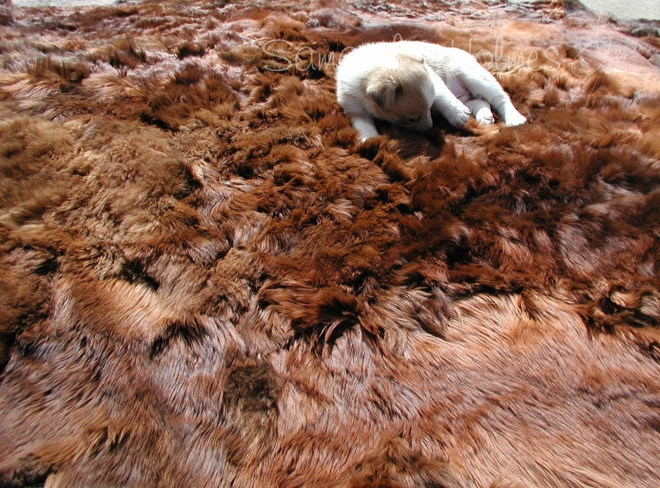 ... Alpaca Fur Throw / Rug Thumbnail ...